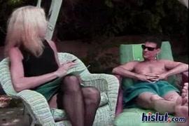 سكش عصابة تغتصب بنت لوحدها في البيتsex xnxx